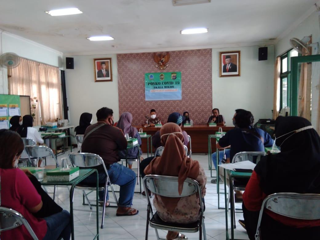 Rapat Koordinasi Pengurus LPMK Kelurahan Gowongan